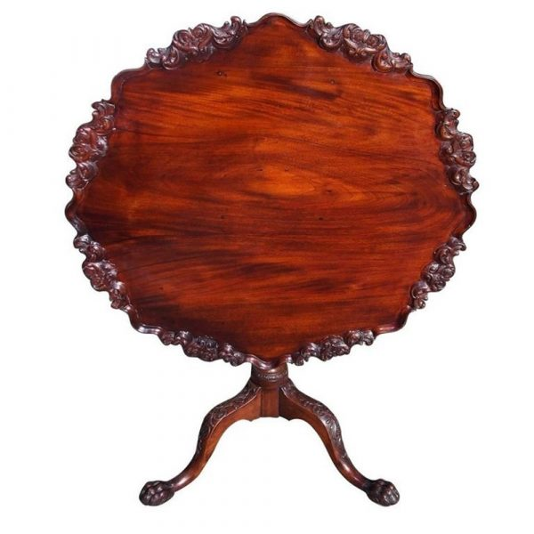 Golden & Associates Antiques American Chippendale Mahogany Tilt-Top Hairy Paw Tea Table, Circa 1750