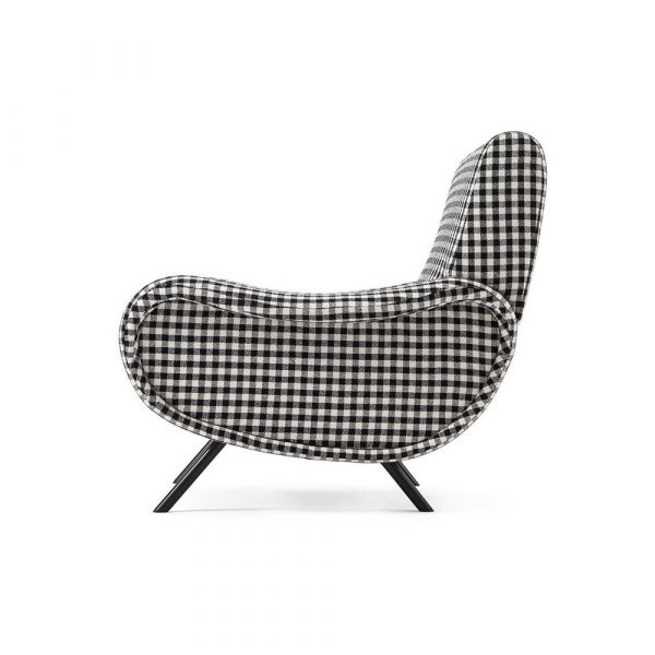 The Frozen Fountain Cassina 720 Lady | Fauteuil
